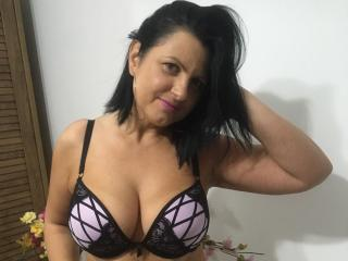 KendraSecrets - Video chat sexy with a shaved private part Hot mature