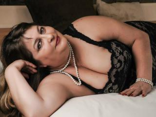 SexyandSmartX - Cam hard with a obese constitution Sexy mother