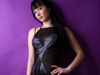 Picture of the sexy profile of LenoraSheim, for a very hot webcam live show !