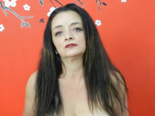 Fotografija seksi profila modela  SammmyMature za izredno vroč webcam šov v živo!