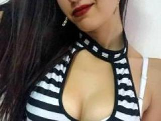 Photo de profil sexy du modèle XBabeDoll69, pour un live show webcam très hot !