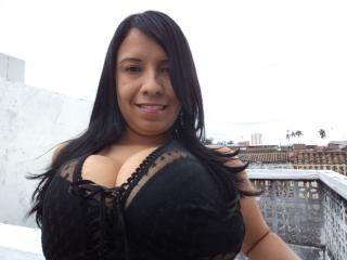 Picture of the sexy profile of LatinBigTits69, for a very hot webcam live show !